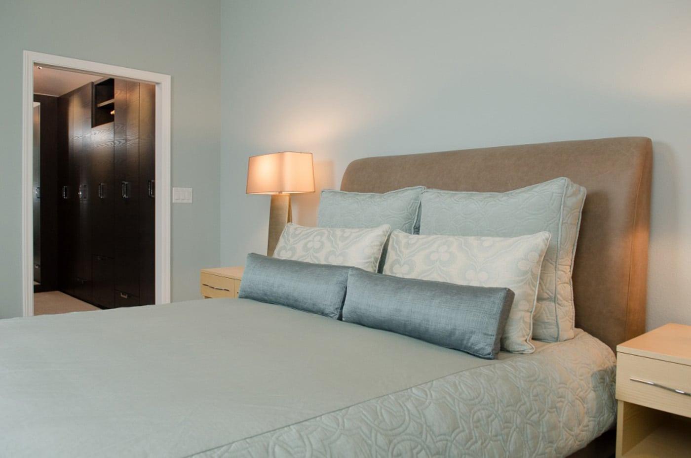 Bedroom Storage Bench Upholstered