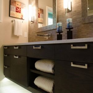 LED-under-vanity-lighting