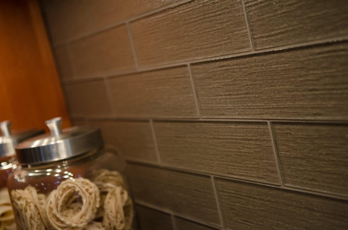 Pangaea interior design aloha contemporary kitchen for Textured backsplash