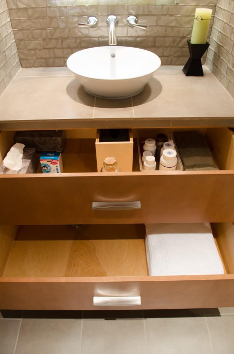 Pangaea Interior Design Aloha Modern Bathroom