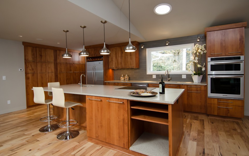 Aloha Contemporary Kitchen